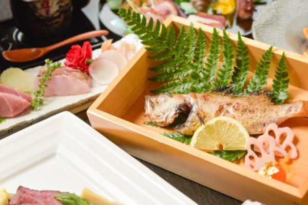 横浜の待ち合わせ場所・スポット『貝と炭火と日本酒 撓 横浜鶴屋町店』